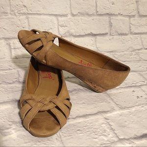 JELLYPOP Maestro Peep Toe Wedge Shoes Sandals